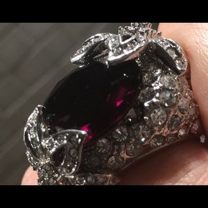 SOLD Stunning vintage faux diamonds Statement ring